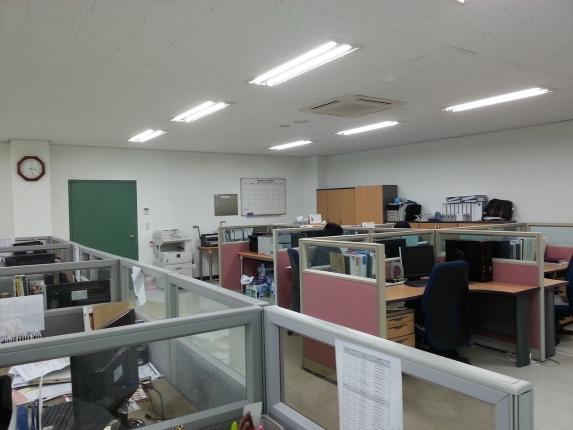 office-702141_1280.jpg