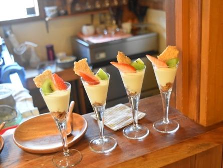 レア・チーズのミニパフェ