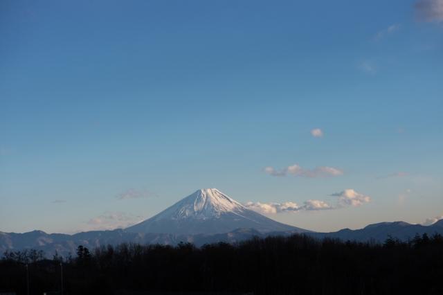 素敵な表情を見せる富士山-03
