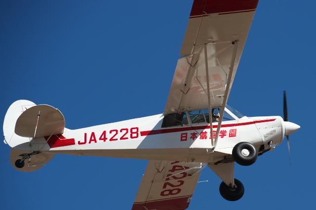 日本航空学園・練習機のセスナ-03
