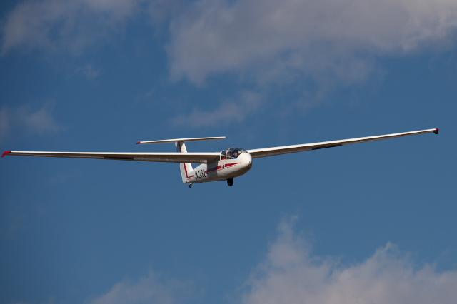 日本航空学園・練習機のグライダー -01