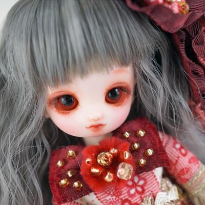 doll-023-b.jpg
