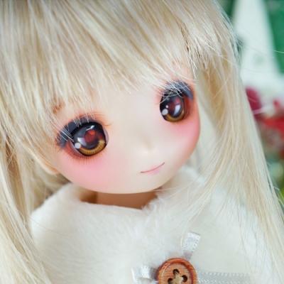 doll-027-b.jpg