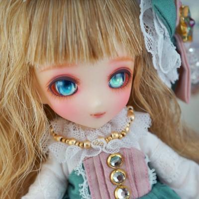 doll-028-b.jpg