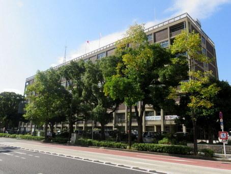 横浜市役所1