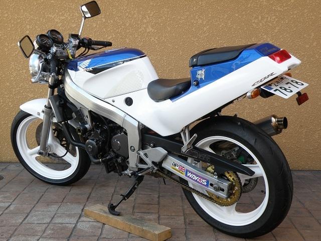 MC190498.jpg
