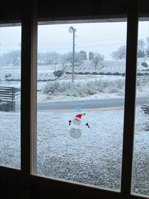雪とスノーマン (2)_R