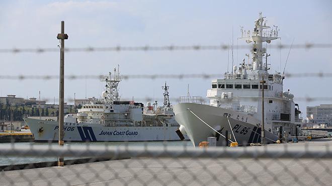 中国船と対峙する日本の海上保安庁は、常に緊張状態に置かれている。