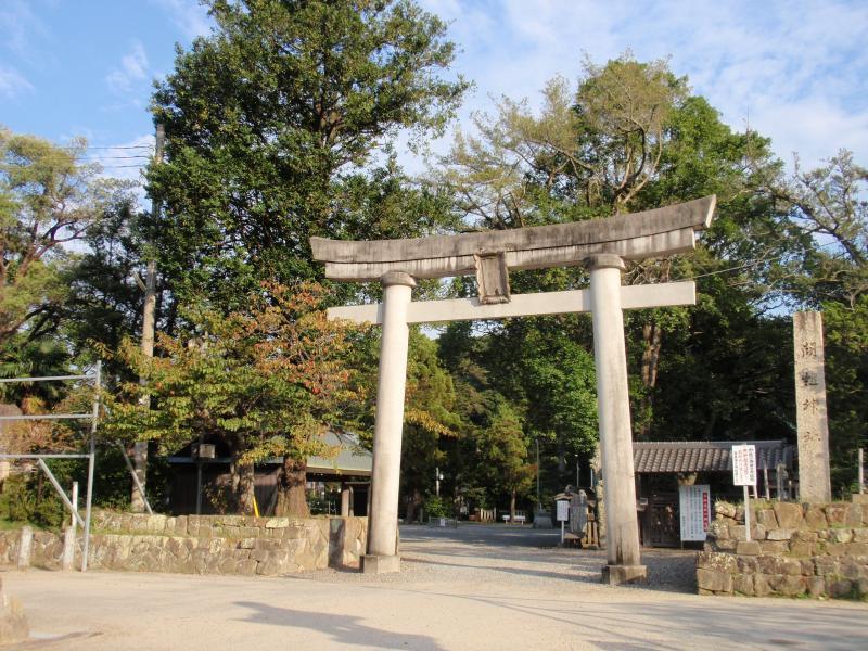 闘鶏神社1