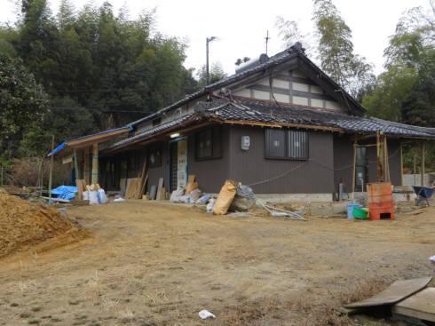 2017_01 20_村の家と畑・1