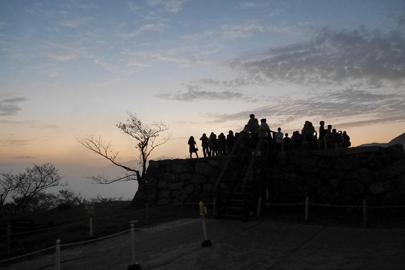 雲海竹田城のご来光1610-010b