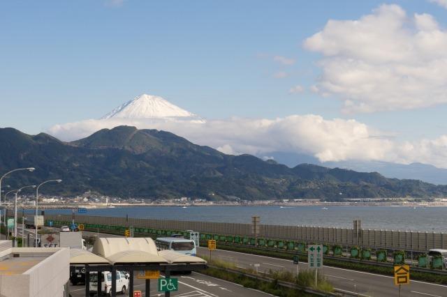 東名高速のPAで富士山見物-003