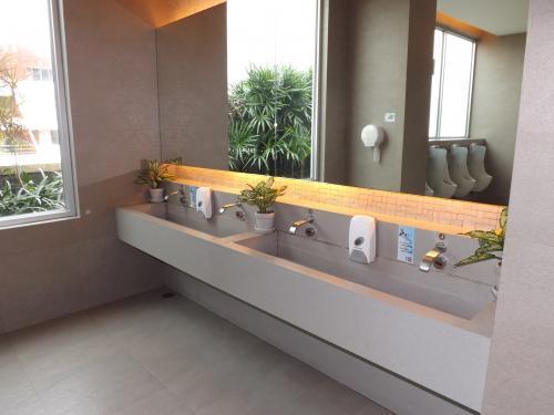 セントラルフェスティバル トイレ 2