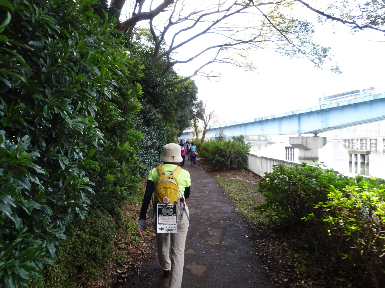 汽笛運河緑道公園1