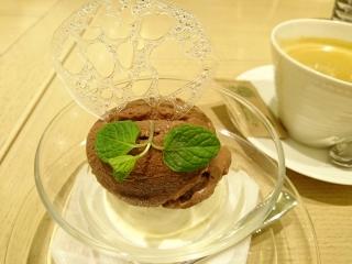 HATAKE cafe 本日のアイス2種¥599