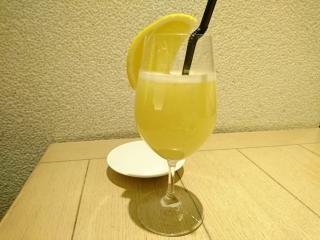 HATAKE cafe フレッシュグレープフルーツジュース¥849