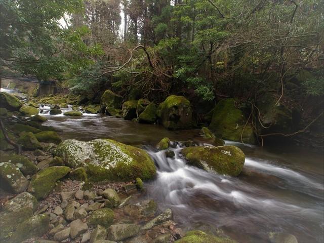 岩岳川-1