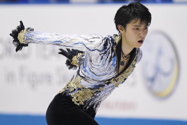 Yuzuru_Hanyu_ISU_World_Team_Trophy_Day_2_FPlGgMnrjz3l.jpg