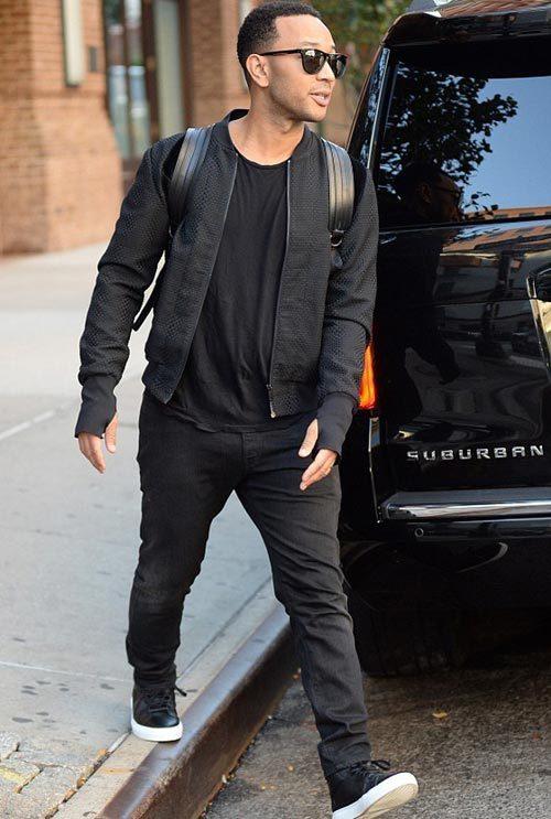 ジョン・レジェンド(John Legend):アレクサンダー・マックイーン(Alexander McQueen)コモン・プロジェクツ(COMMON PROJECTS)