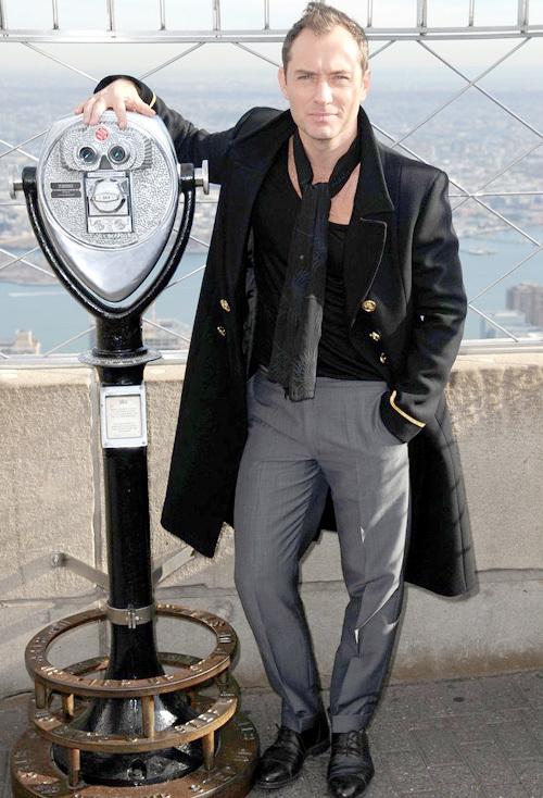 ジュード・ロウ(Jude Law):サンローラン(Saint Laurent)