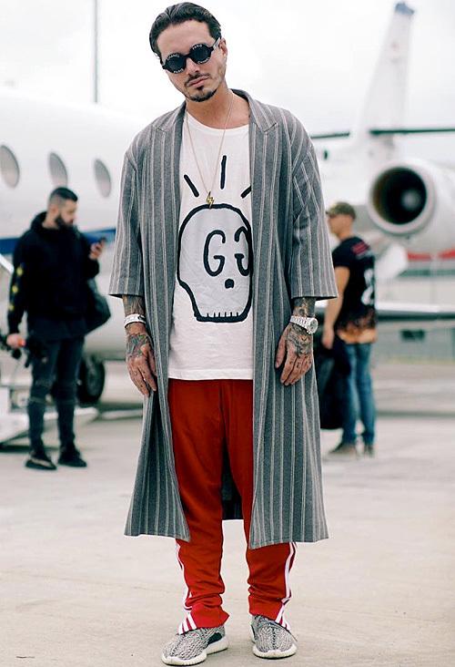ジェイ・バルヴィン(J Balvin):グッチ(Gucci)/アディダス(Adidas)/シャネル(Chanel)
