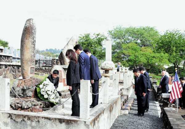 12月27日 マキキ日本人墓地訪問