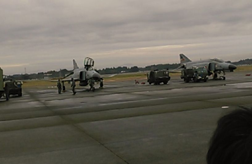 F4ファントム戦闘機による模擬地上攻撃
