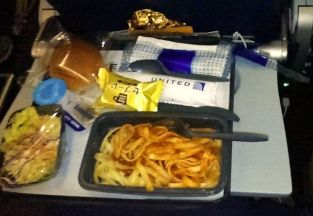 機内食ボロネーゼ
