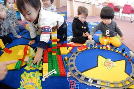 1歳児 ブロック電車遊び