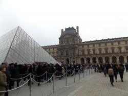 パリ_ルーブル美術館1