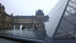 パリ_ルーブル美術館1_2