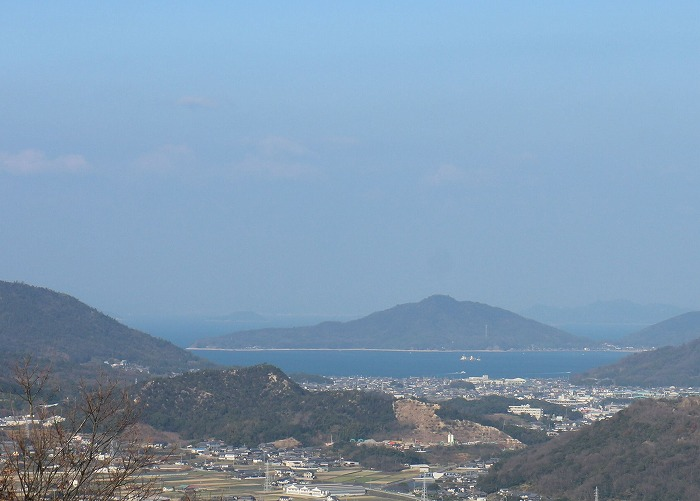 爺神山から瀬戸内海に船も 29.1.3