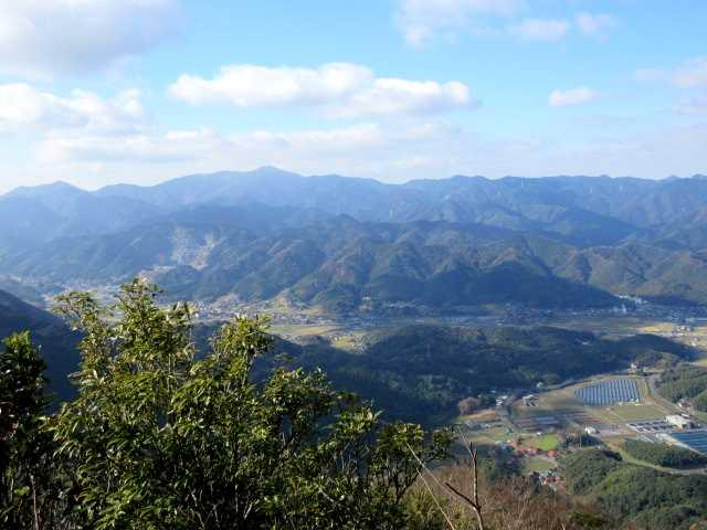 IMG6605JPG展望台より福智山遠望