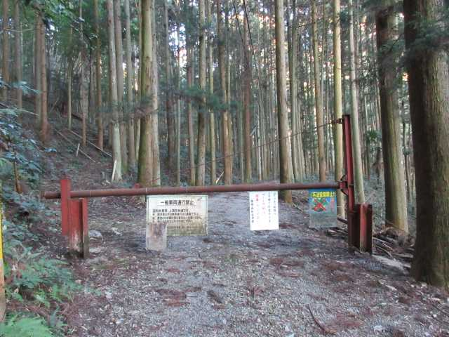 IMG7122jPG上頂吉林道ゲート