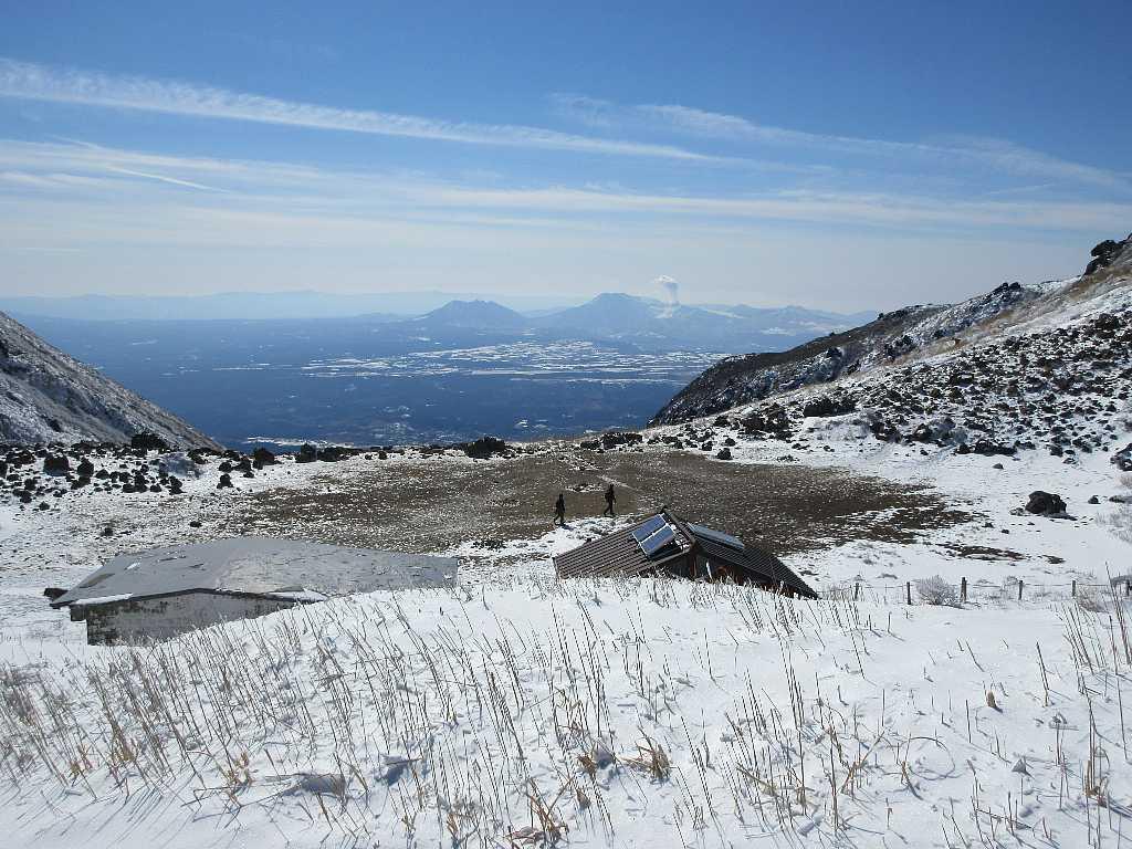 IMG7468JPG小屋上より阿蘇山