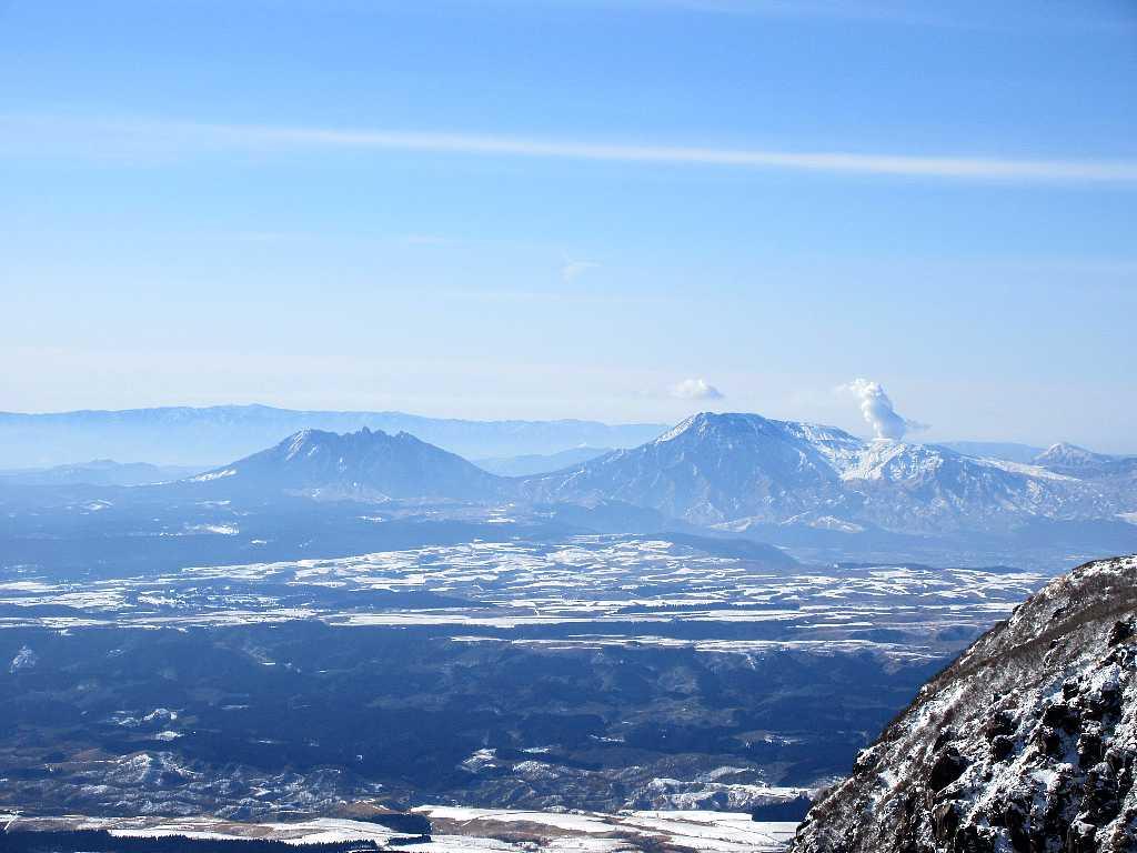 IMG7386JP根子岳と阿蘇山