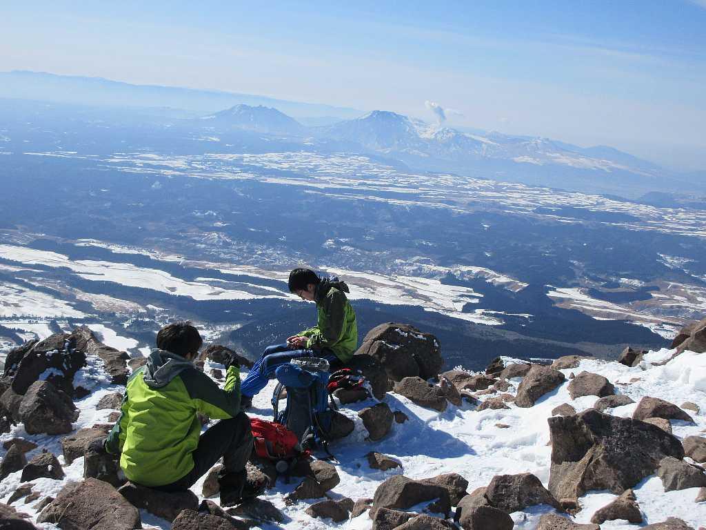 IMG7409JPG九重山頂にて