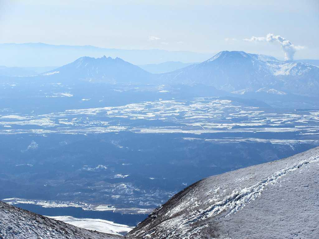 IMG7439JPG根子岳と阿蘇山