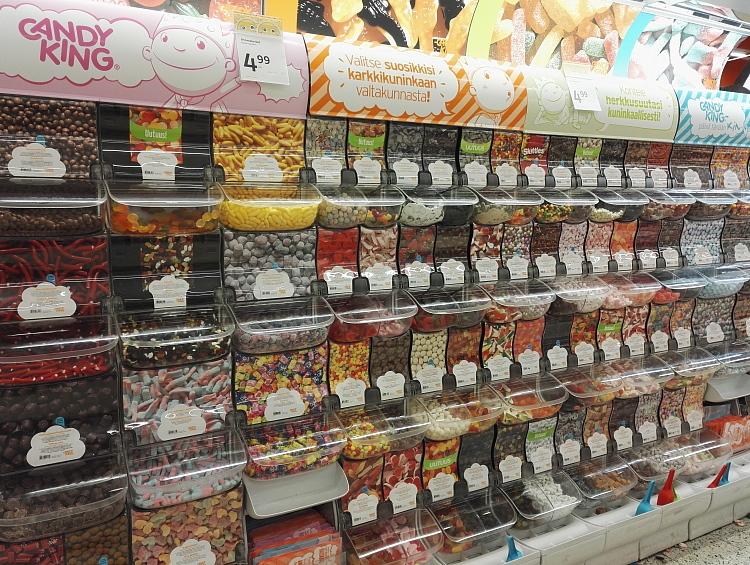 フィンランド スーパー 量り売り お菓子 グミ