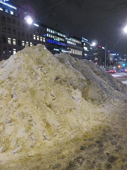 フィンランド ヘルシンキ 雪山