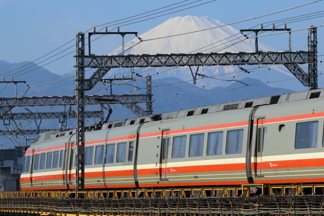 ATSU9667s2.jpg