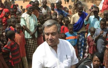 アントニオ・マヌエル・デ・オリヴェイラ・グテーレス国連事務総長ポルトガルAntónio Manuel de Oliveira GuterresSecretary-General of the United Nations UN 国際連合難民高等弁務官(United Nations High Commissioner for Refugees UNHCR)潘基文パン・ギムンBan Ki-moon반기