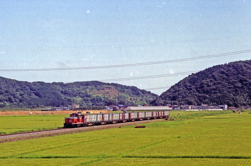 FNO9907_14_DE10_990809_SOBANOKAMI_KANOMATA.jpg