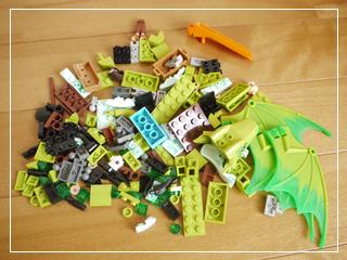 LEGOTheSecretMarketPlace03.jpg