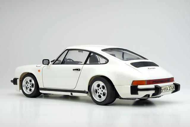 7586 911 Carrera 640×430
