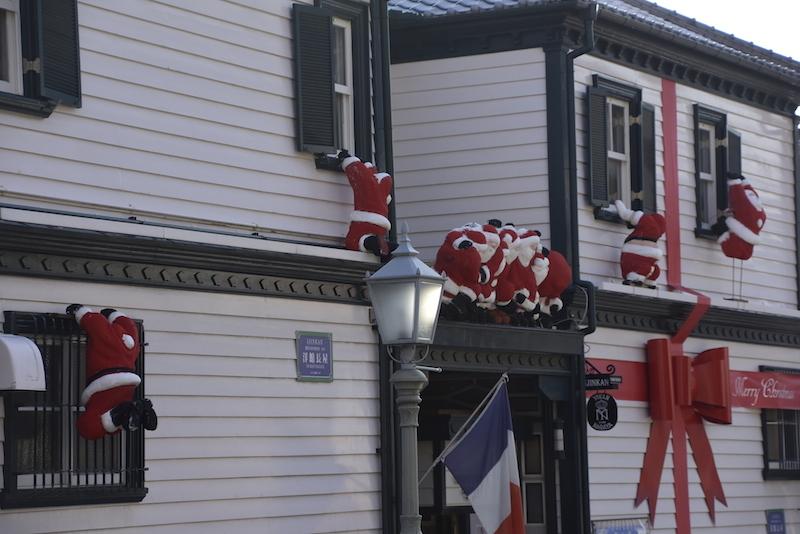 サンタが街にやってくる