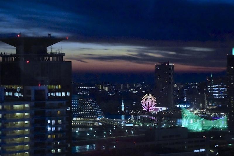 ルミナリエの夜(神戸夜景)