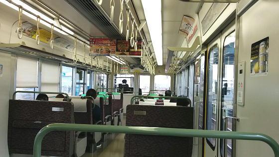 京都線車内