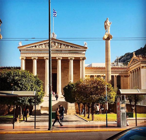 greektabi3.jpg