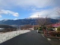 資料館の前の道